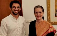 Shiv Sena leader  Aaditya Thackeray invites  Congress president Soniaji for the swearing-in ceremony of Uddhav Thackeray as the Chief Minister of Maharashtra .