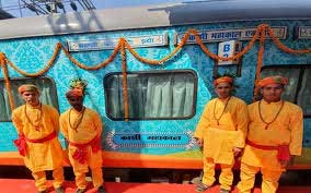 The Kashi Mahakal Express inaugurated by PM Modi today has a seat reserved for Lord Shiva aka Lord Mahakal. Seat 64, Coach B5!