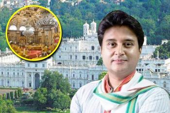 ज्योतिरादित्य शिंदेंचा राजेशाही थाट: २० कोटी डॉलर्सचा राजमहाल, ४०० खोल्या, ३५०० किलोचे झुंबर...