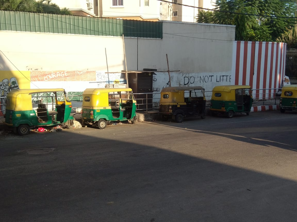 With unorganised sector in peril, auto drivers turn to vegetable vendors and delivery boys