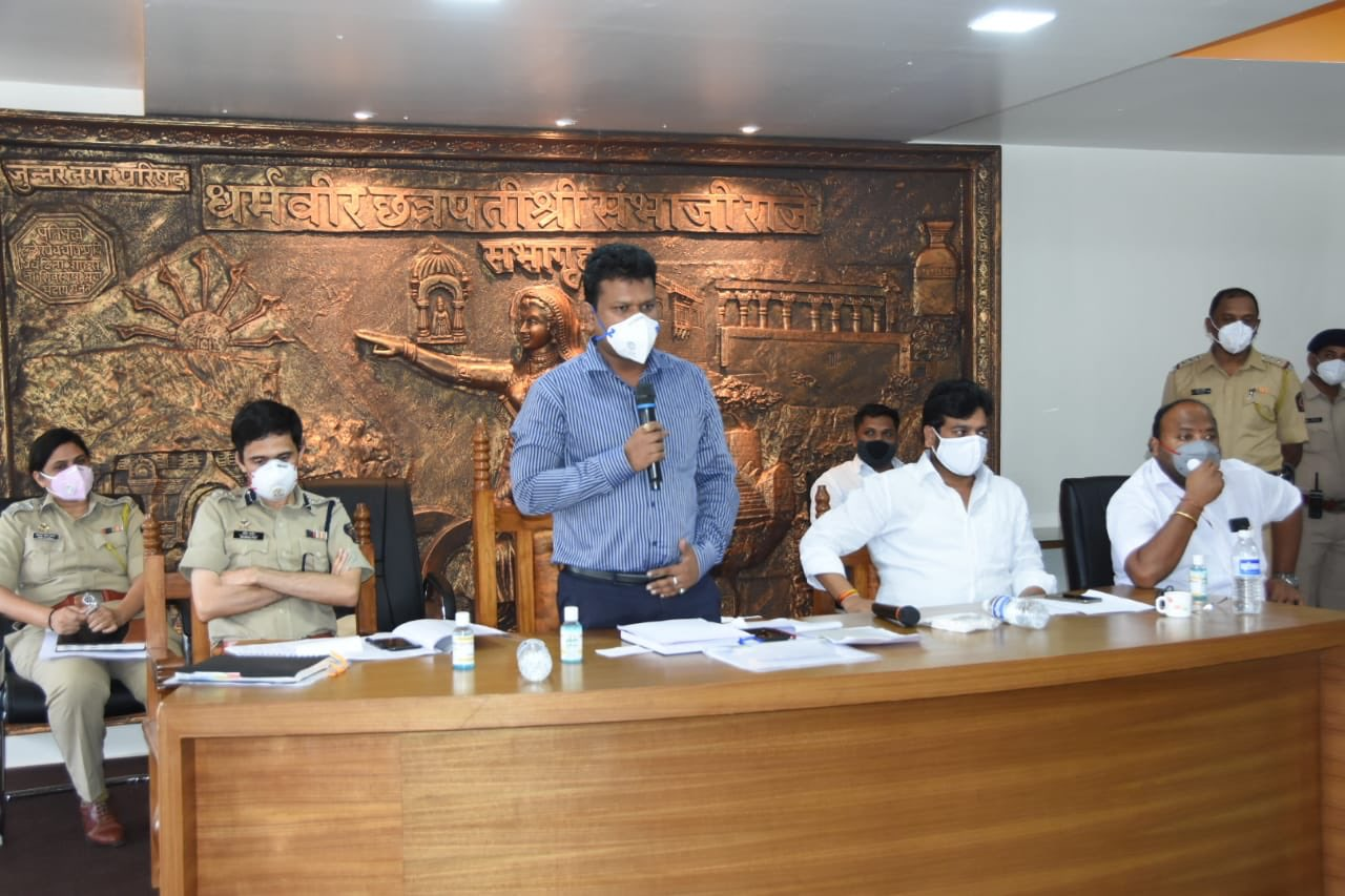 Pune District Collector : It's heartening to see the local representatives agree to follow Instructions of the administration .