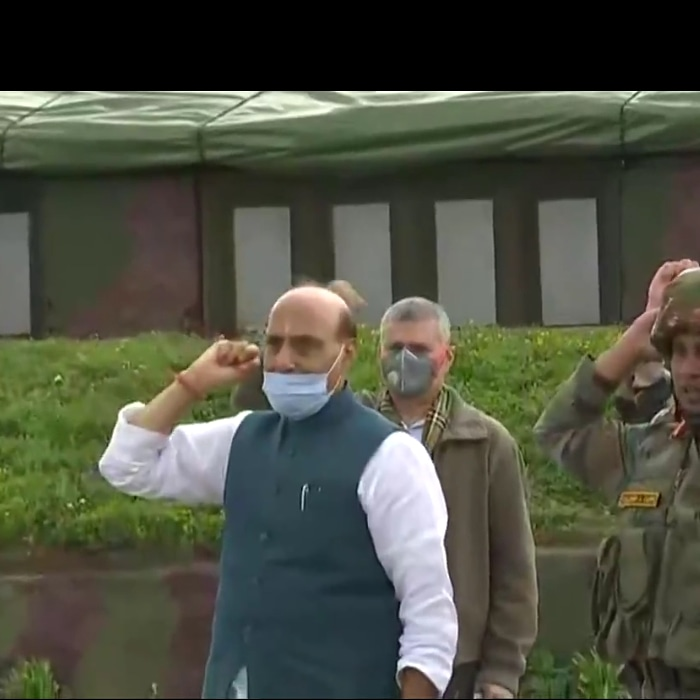 Jo Bole So Nihal : Raksha Mantri Rajnath Singh with troops  during his visit near the LoC in Jammu & Kashmir,earlier today.