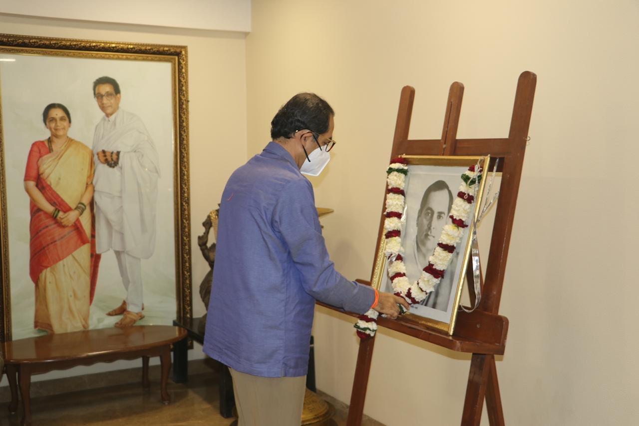 CM Uddhav Thackeray paid tributes to former Prime Minister Shri Rajiv Gandhi  on his birth anniversary.