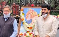 Pune Mayor Mohol Murlidhar paying tributes to Bajirao Peshwa 1 on his 321st Jayanti at Shaniwar Wada.
