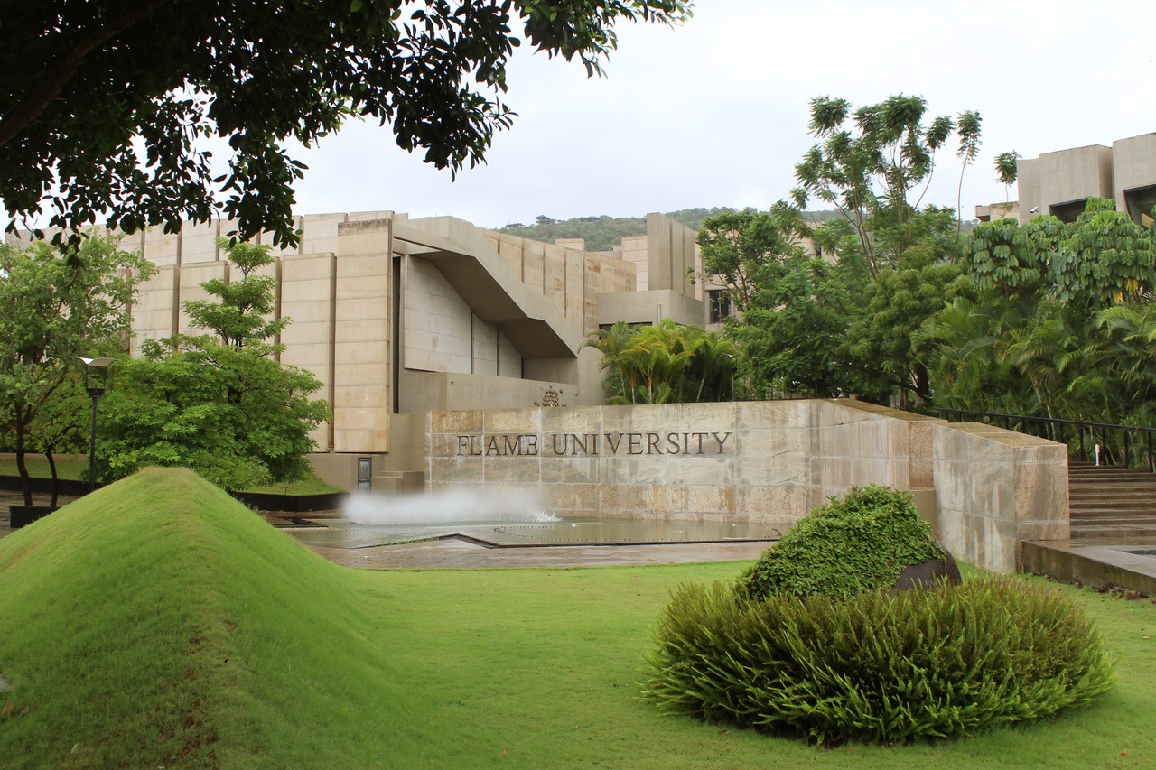 "Shri Sanjeev Sanyal, Principal Economic Advisor to the Govt. of India speaks on ""Decision-making for an Uncertain World"" at FLAME University's Leadership Talk Series – 'Vimarśha'"