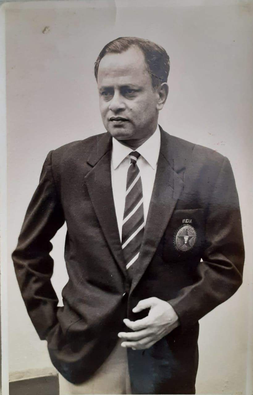 Indian badminton legend Nandu Natekar passed away earlier today in Pune. He was 88.  He was the first sportsman to receive the Arjuna award.