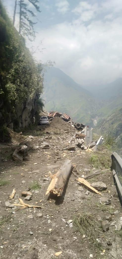 PM speaks to Himachal Pradesh CM regarding landslide in Kinnaur...