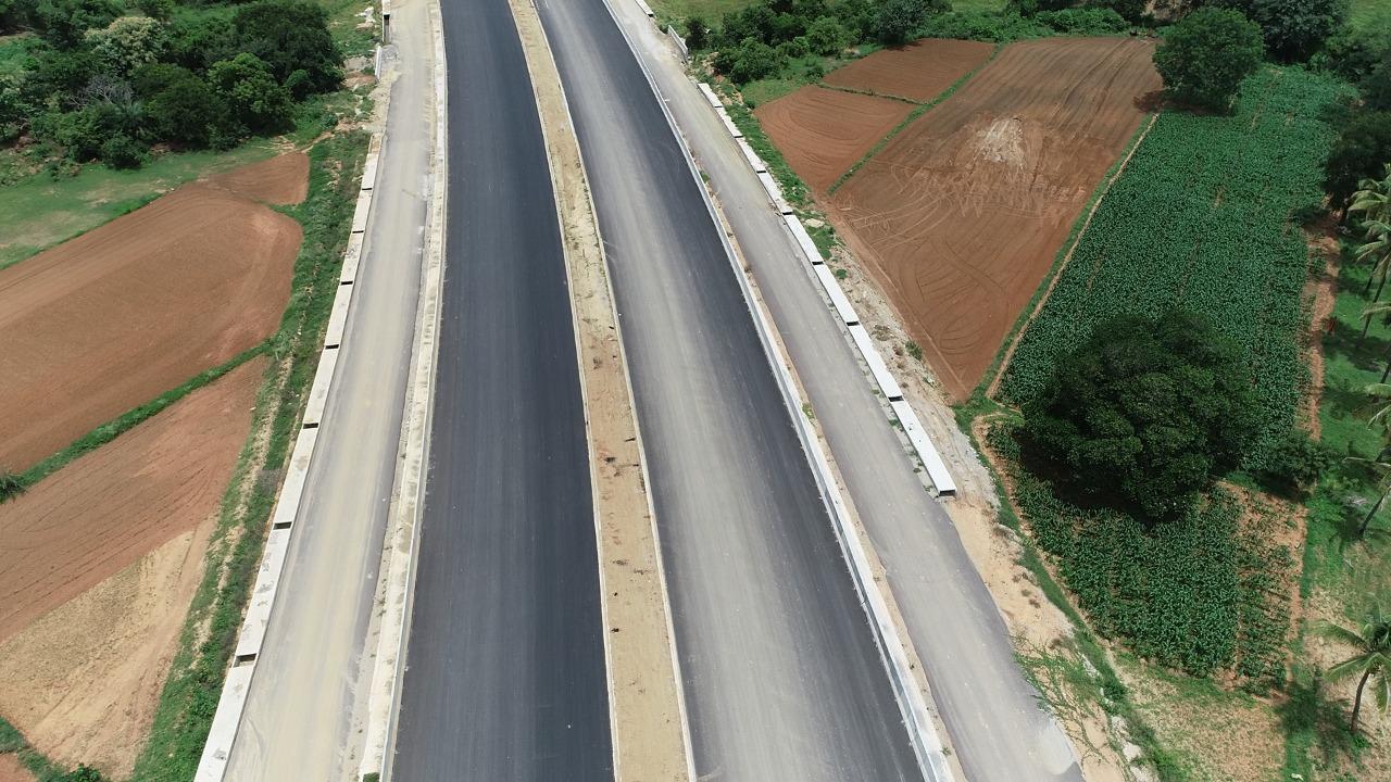 Bengaluru -Mysuru express way May be completed by October 2022.