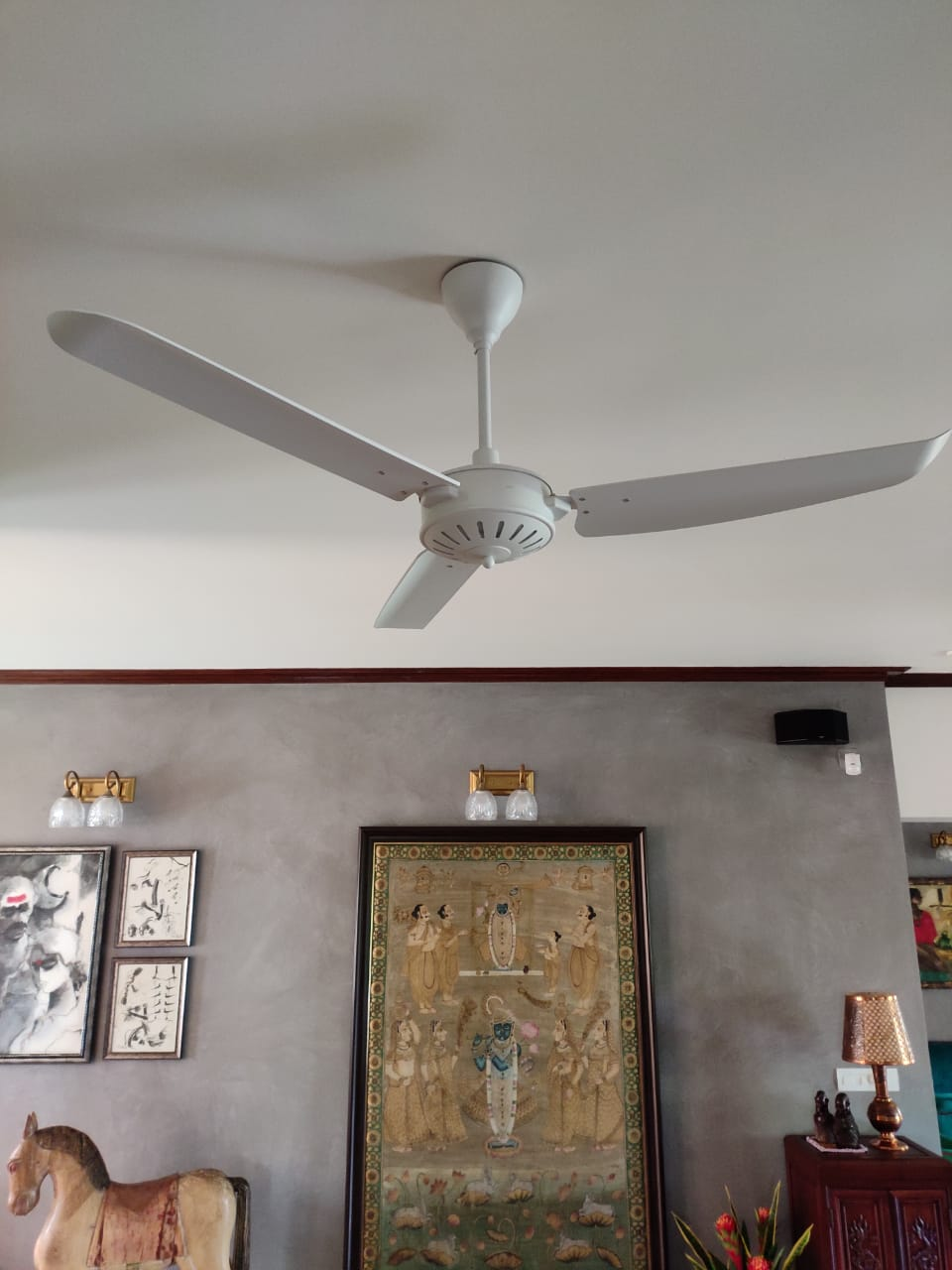 Now Personalizeyour fan in the shade of your choice-a Unique Offering from Fanzart...