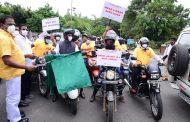 Pramod Srinivas , Founder of Youth Outfit Rashtriya Yuva Prathishtana spreads road safety and mask awareness message through Mime,Rally...